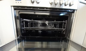 End of Lease Cleaning - Oven Cleaning